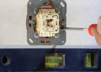 jungiklio-mechanizmo-montavimas